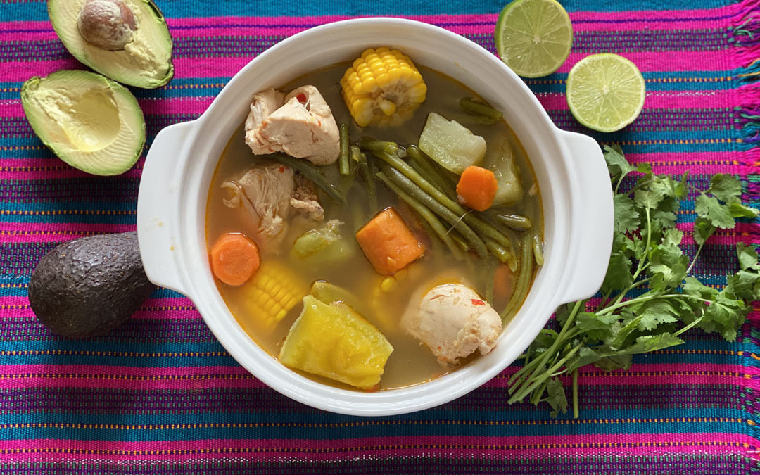 Caldo de pollo saludable