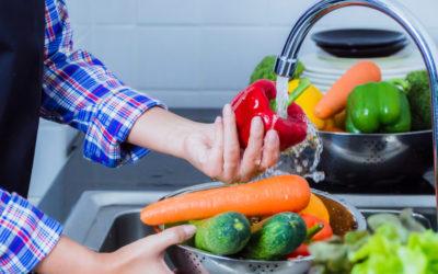 Frutas y verduras, como desinfectarlas y almacenarlas en época de pandemia.